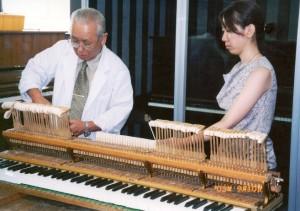 グランドピアノ調整実習